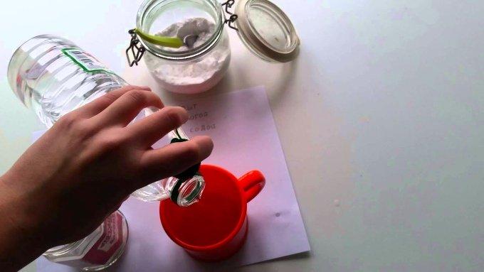 Приготовление смеси на основе уксусной кислоты