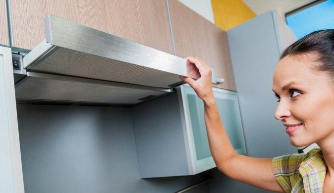 Чистим кухонную вытяжку