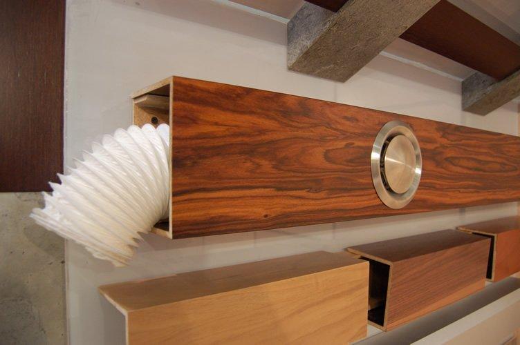 Вентиляционный канал в деревянном коробе