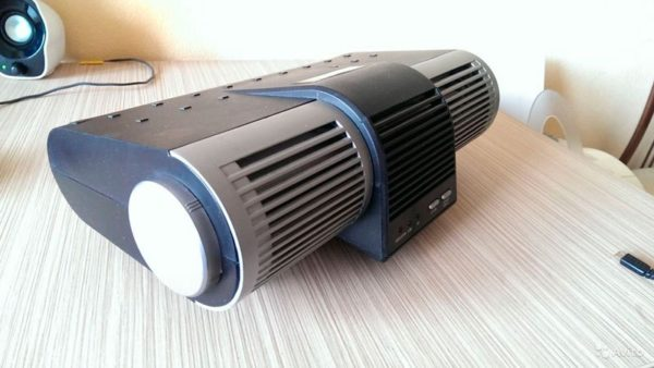 Униполярный аэроинизатор