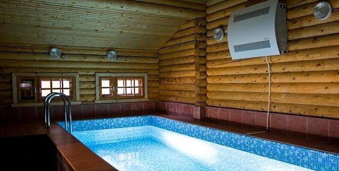 Осушитель воздуха у бассейна