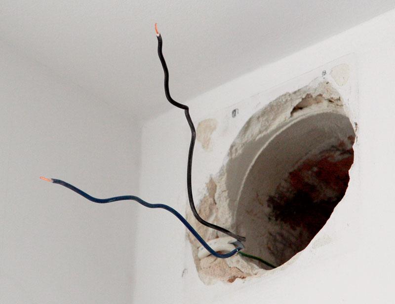 Отверстие в стене под вентилятор