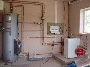 Система отопления закрытого типа с насосом